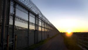 Nie tylko Węgry stawiają mury na swoich granicach. Na zdjęciu ogrodzenie na granicy Meksyku z USA