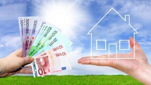 Przeciętna polska rodzina wyda na święta 1,8 tys. zł – pokazują dane firmy Deloitte. Kwota taka wystarczy aby wynająć na miesiąc dwupokojowe mieszkanie w wysokim standardzie w dobrej dzielnicy stolicy. fot. Shutterstock