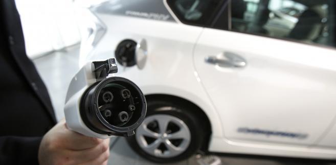 Ładowarka do auta elektrycznego