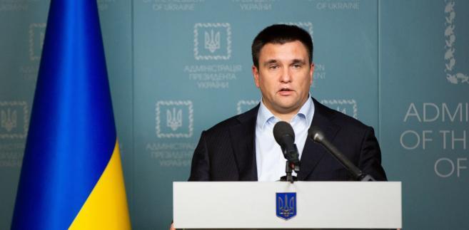 Minister spraw zagranicznych Ukrainy Pawło Klimkin podczas wygłaszania oświadczenia w Kijowie. Fot. EPA/MYKHAILO MARKIV / POOL