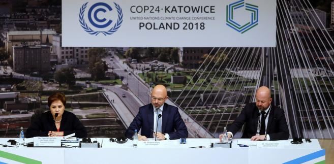 Uczestnicy COP24 targują się o pół stopnia Celsjusza i pieniądze na wsparcie ekologicznych działań w najbiedniejszych krajach.