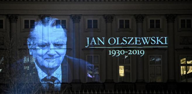 Iluminacja z Janem Olszewskim
