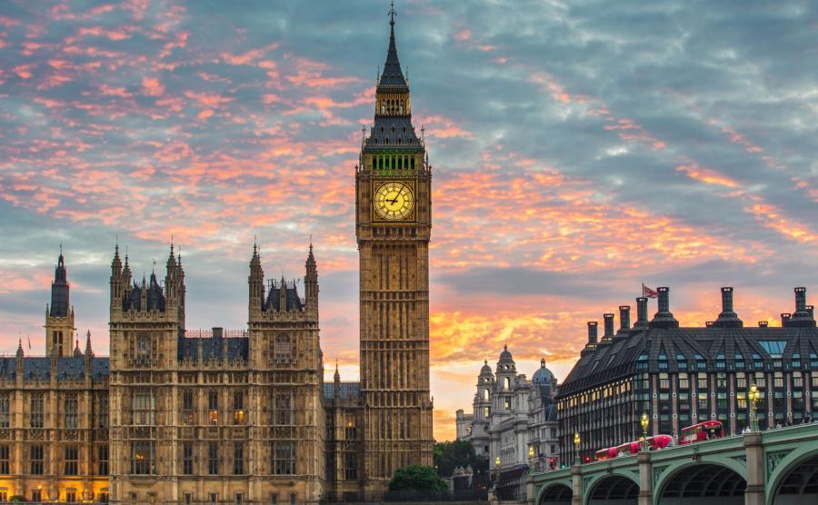 Big Ben i siedziba brytyjskiego parlamentu