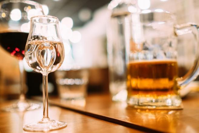 Alkohol - Wino, wódka i piwo